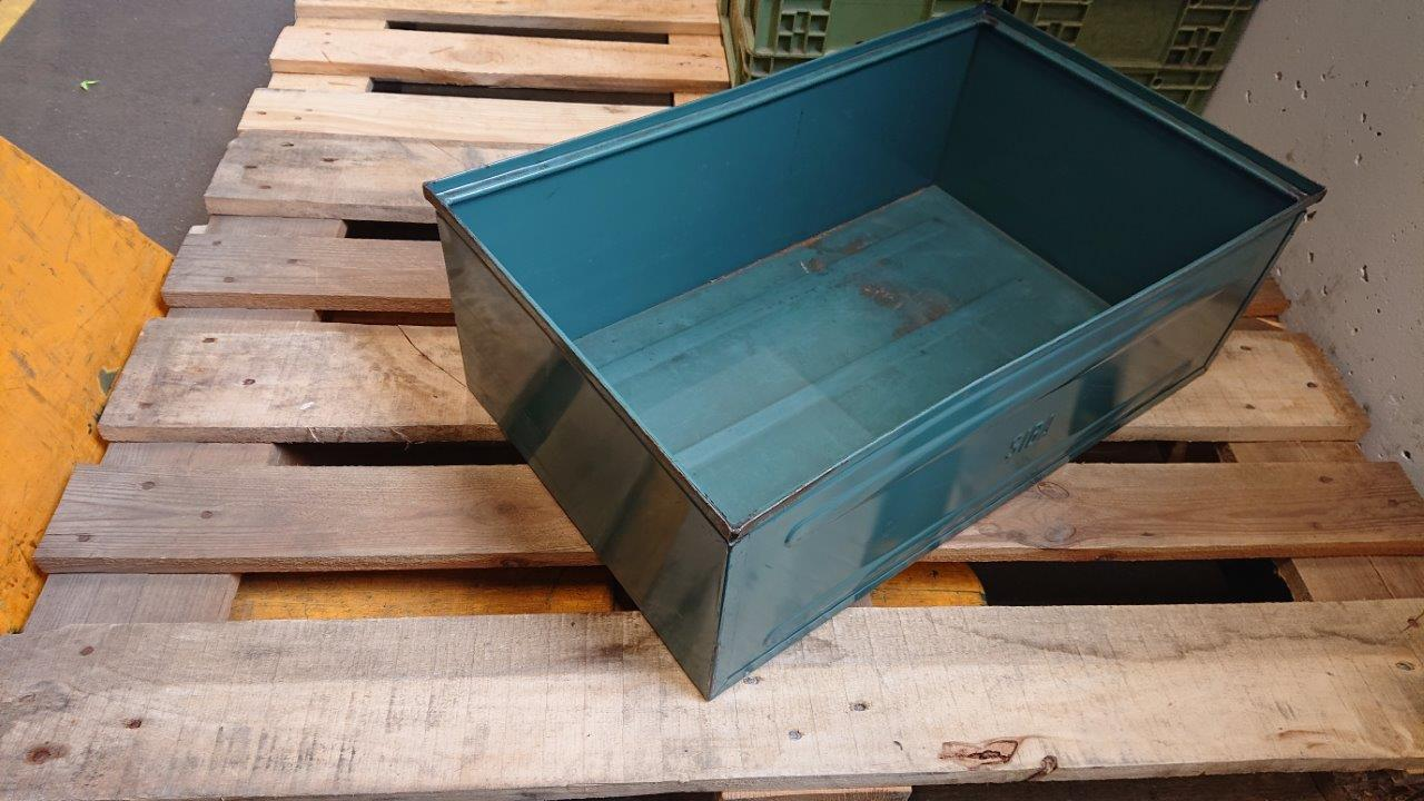 Stahlstapelkästen GrSL-146-la, gebraucht-0